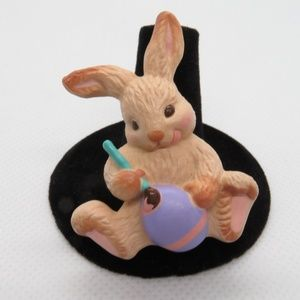 Bunny Rabbit Easter Pin Brooch Hallmark Vintage